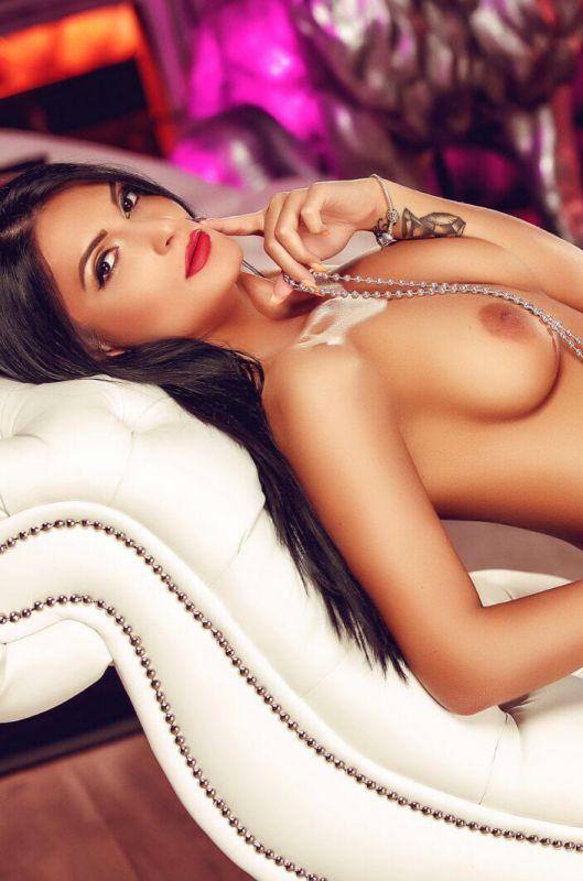 Carlotta Stunning Breasts