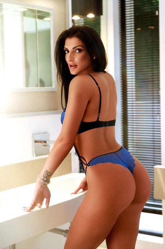 Fernanda Glamour Model