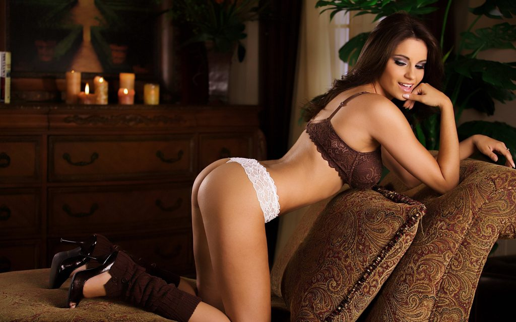 Epsom escorts - Woman With Perfect Measures